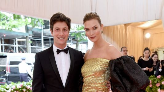 Must Read: Karlie Kloss Has a Second Wedding; Roberto Cavalli May Be Close to Securing a Buyer