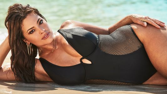 Ashley Graham Poses With Her Sister for a Swimsuits For All Summer 2019 Collection Launch