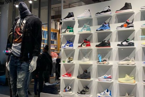American Eagle Sparks Uneasiness With Sneaker Reseller Pop-up