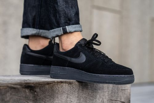 "Nike's Air Force 1 '07 LV8 3 Receives Lush Suede ""Black/Anthracite"" Update"