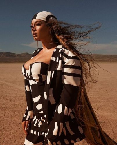 "All The Wardrobe Details From Beyonce's New Video ""Spirt"""