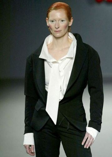 That time Tilda Swinton did a hypnotic runway voiceover