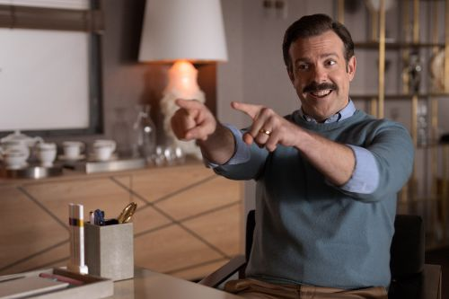 Bill Lawrence teams up with Jason Sudeikis for soccer comedy 'Ted Lasso'