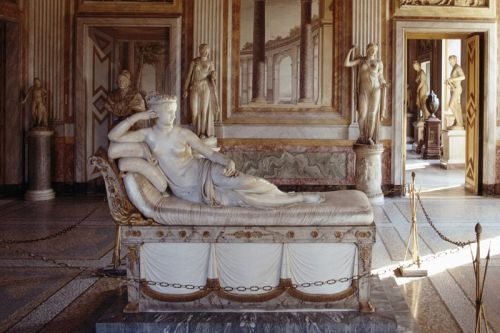 A Selfie-Taker Damages 19th-Century Antonio Canova Sculpture in Italy