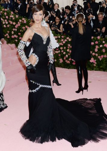 Bella Hadid Sizzled Without The Weeknd at the 2019 Met Gala