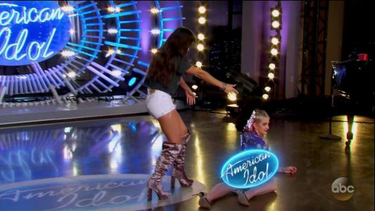 Katy Perry Dances So Hard On 'American Idol' That She Exposes Herself