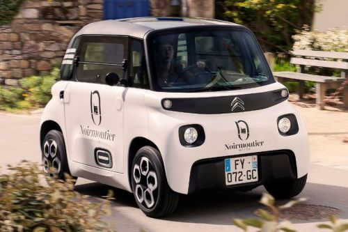 Citroën's Tiny Electric Ami Cargo Wants to Take on City Couriers