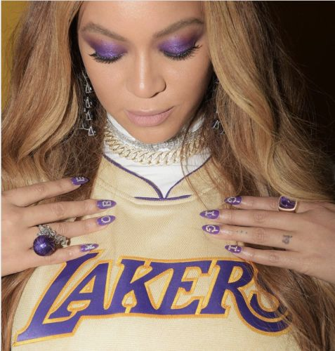 Check Out Beyoncé's Sentimental Nail Art And More Mamba-Inspired Manicures