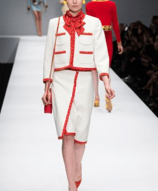 How Does Jeremy Scott's Moschino Integrate Humor Into Fashion?