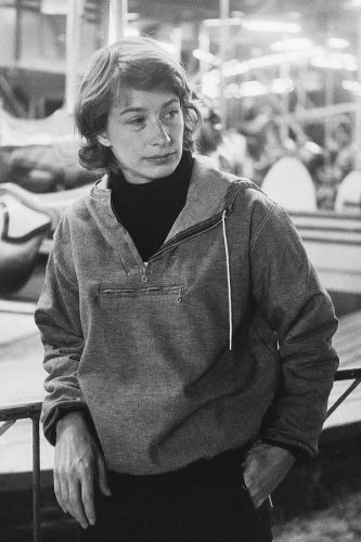 Beloved poet Mary Oliver, who wrote of love, loss, and nature, has died