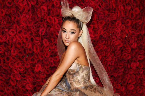 Ariana Grande to Headline Lollapalooza 2019