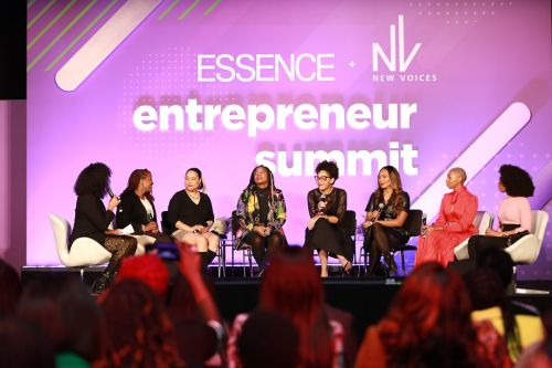 Entrepreneur Danyel Jones On The Importance of A Sister Circle: 'Let's Pull Each Other To The Table & Give Each Other The Blueprint'
