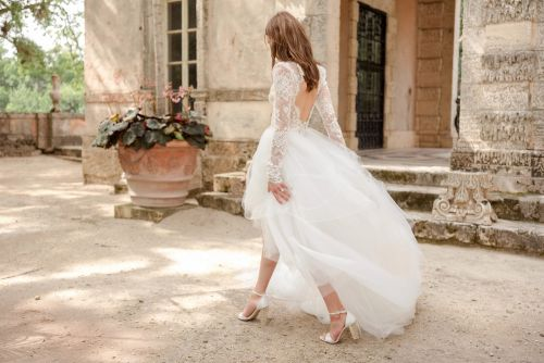 Have your Cinderella moment with the perfect bridal shoes