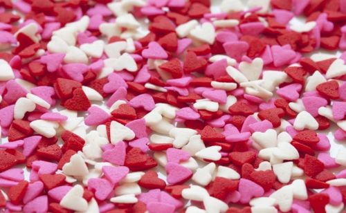 How fashon brands cash in on Valentine's Day
