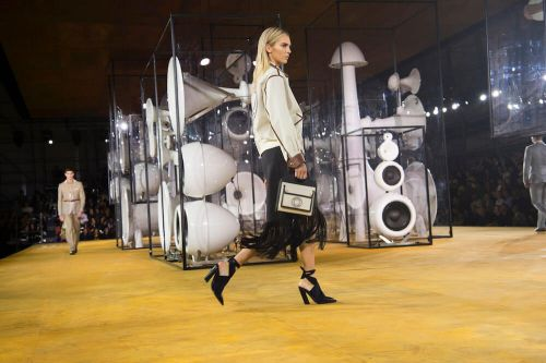 Burberry: Ready-To-Wear SS20