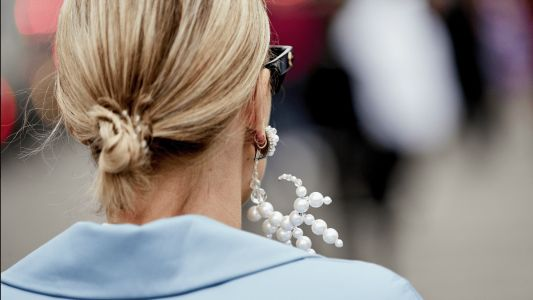 27 Jazzed-Up Pieces of Pearl Jewelry That You'd Never See at a Luncheon