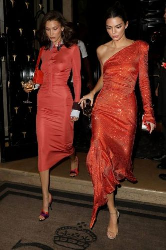 Bella & Kendall Pulled a Rihanna and Carried Wine Glasses on