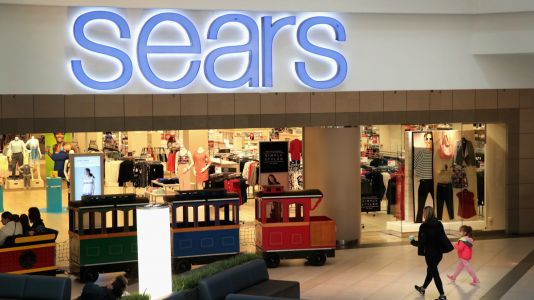 Must Read: Sears Files for Bankruptcy, 'RuPaul's Drag Race' Winner Aquaria Signs with IMG