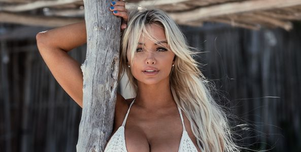 Social Media Sensation Lindsey Pelas Gives Us the Low Down on Her New Podcast 'Eyes Up Here'