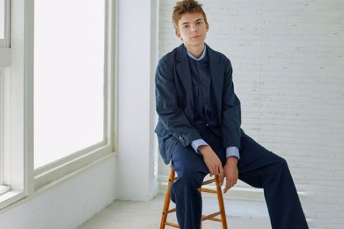 UNIVERSAL PRODUCTS Unveils Minimalist SS19 Collection