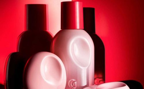 Glossier partners with Nordstrom for in-store fragrance pop-up shops