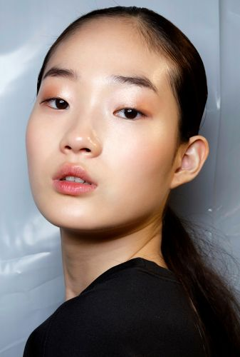 The Makeup Artist Guide to Disguising a Breakout, Minus the Cakey Finish