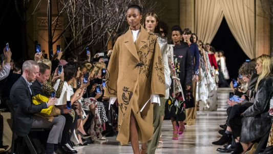 Oscar de la Renta Fall 2018 Is a Collection Fit for a Modern-Day Fairy Princess