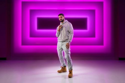 "Drake's ""Hotline Bling"" Gets Immortalized at the Las Vegas Madame Tussauds"
