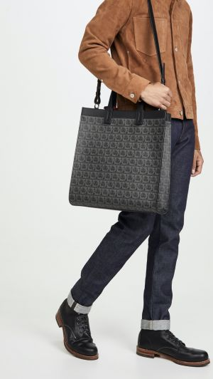 Tote the Latest Bags for Spring