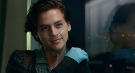 The Trailer For Cole Sprouse's New Movie 'Five Feet Apart' Is Here - And We're Officially Sobbing