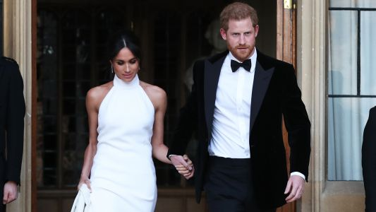 PSA: There's A $45 Dress That's A Dead Ringer For Meghan Markle's Reception Gown And It's Amazing