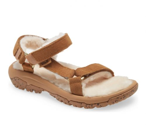 We Found the Shearling Sandal That Everyone Will Be Rocking & You Can Get It On Sale Now