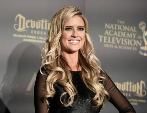 Not Wasting Time! Christina Anstead Deletes Wedding Pics Days After Announcing Split From Husband Ant