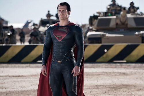 Henry Cavill's Superman is coming back to Warner Bros.' DC Universe