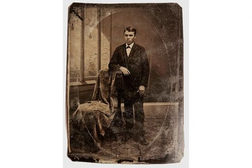 $10 USD Jesse James Photo Purchase Turns out to Be Worth Over $2 Million USD