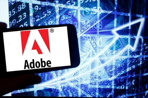 Adobe Warns Users of Old Photoshop Versions That They Could Get Sued