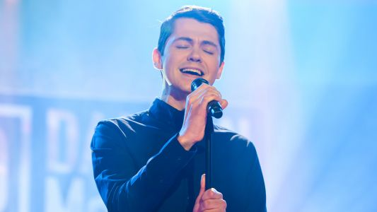 Watch: Former 'Glee' Star Damian McGinty Performs New Single On 'Today Show'