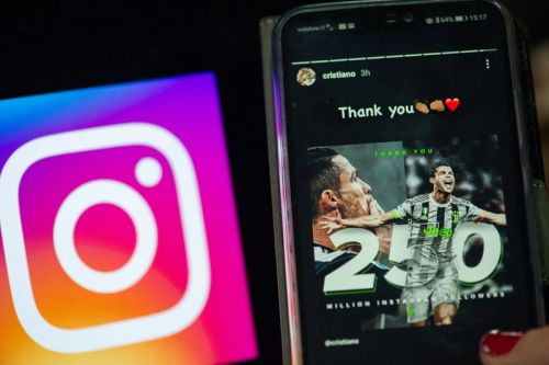 You Can Now Translate Instagram Stories Into 90+ Languages
