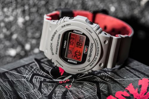 """Sneaker Freaker and G-SHOCK Debut the """"Redback"""" Collaboration for Halloween"""