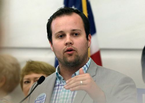 Former TLC Star Josh Duggar to Be Released on Bond After Arrest on Child Porn Charges