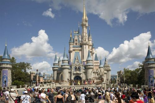 """Disney CEO Assures Guests That Disney World Will Reopen """"Responsibly"""""""