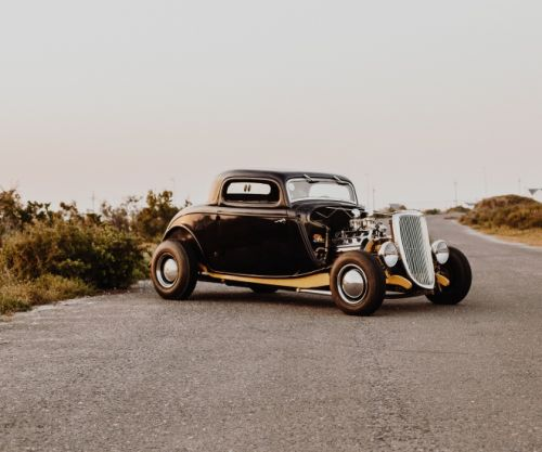 Restoring Classic Cars and Their Undying Popularity