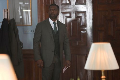 'The Chi' star Curtiss Cook breaks down Otis 'Douda' Perry
