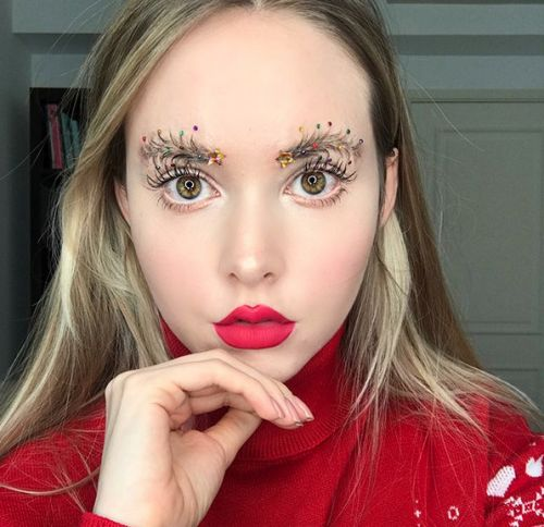5 Holiday-Themed Eyebrow Transformations To Copy This Year