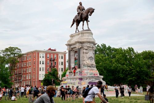 Virginia to Remove Confederate Monuments Following Black Lives Matter Protests