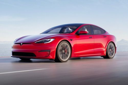 Tesla Model S Plaid Sets 1/4 Mile World Record for Production Cars