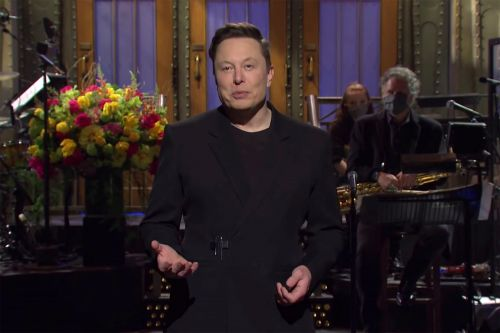 Elon Musk's claim to be first 'SNL' host with Asperger's is incorrect