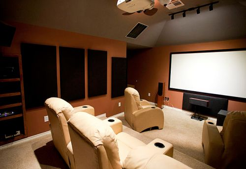 Benefits of Building Your Own Home Cinema