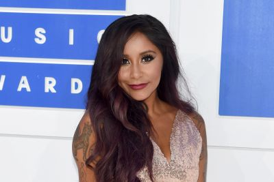 'Jersey Shore' Star Deena Nicole Cortese Flashes Her Brand New Engagement Ring on Instagram!