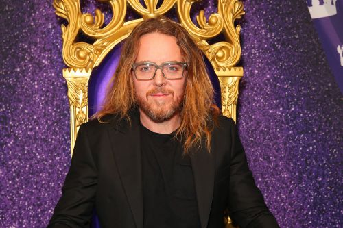 Tim Minchin tries to stay 'Upright' in dark, complicated comedy